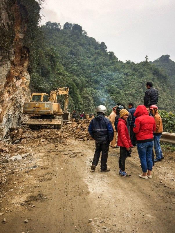 Landslide before Yen Minh