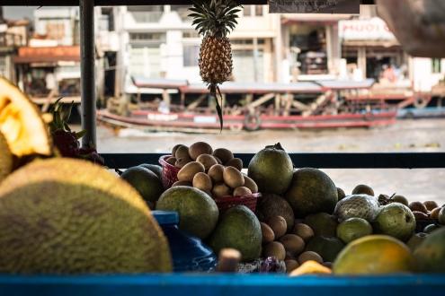 Fruit on the floating market